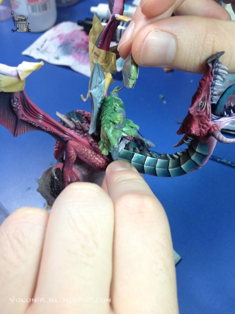 brutal paso a paso de un dragon alto elfo Dragon_wip_267