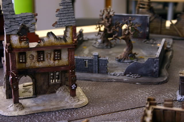 Flame On's Mordheim Scenery - Sartosa! - Page 5 Walledgarden1