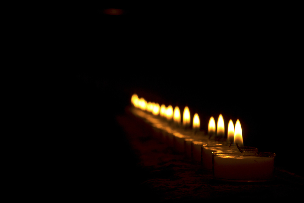 Online Full Moon Ritual ~ 9th July Candles_MkuhOyKu_zpstiiwkwxz