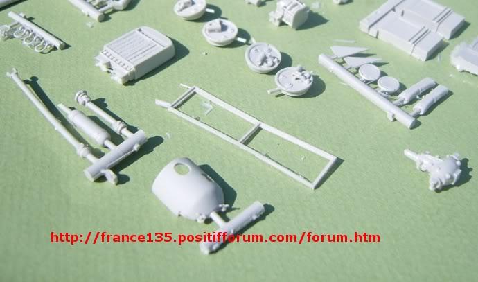 Latil M7T1. Azimut Productions, ref 35044. 1/35. Kit résine et photodécoupe. LATILM7T1AZIMUT1-35_03