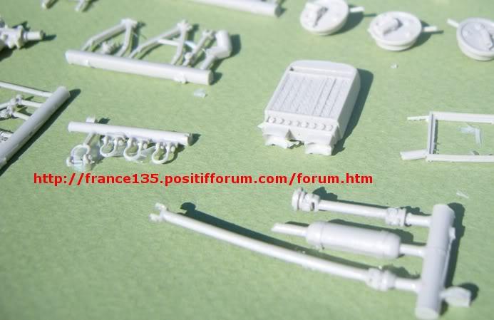 Latil M7T1. Azimut Productions, ref 35044. 1/35. Kit résine et photodécoupe. LATILM7T1AZIMUT1-35_04