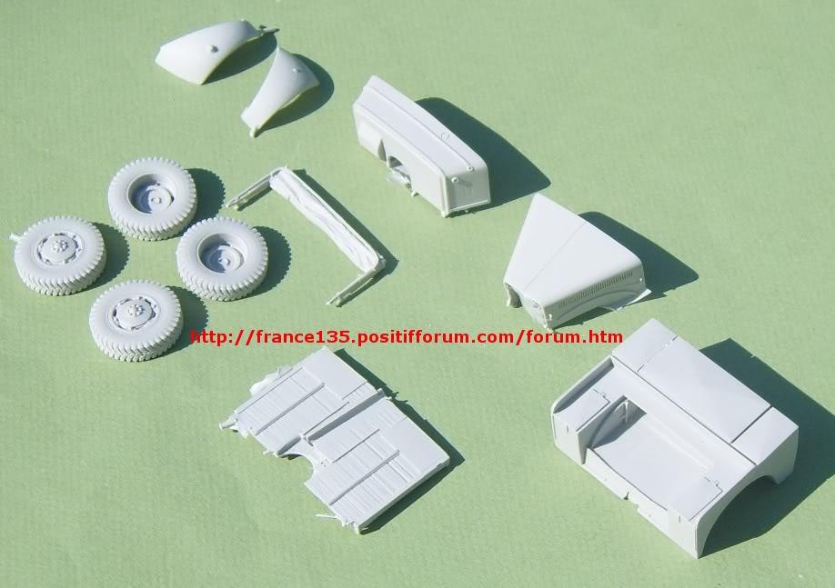 Latil M7T1. Azimut Productions, ref 35044. 1/35. Kit résine et photodécoupe. LATILM7T1AZIMUT1-35_05