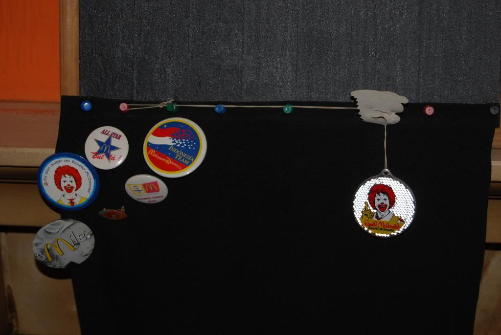 A minha coleção de Pines McDonald´s (esta a Venda) DSC_0729