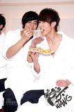 Chun y su amor por la comida Th_U3124P28T3D2340238F326DT20090113005