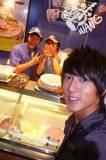 Chun y su amor por la comida Th_food4