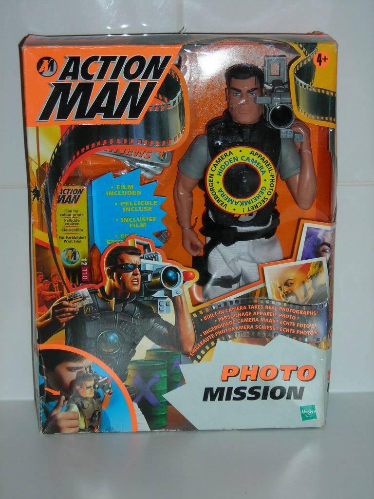 WANT Gun Holster form Action Man Photo Mission set. DSCN1563