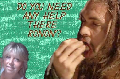 The Ronon Dex/Jason Momoa Thread - Page 4 Stickyfingers