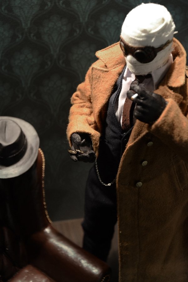 What's your favorite 1/6 prop or accessory? Invisibleman_04