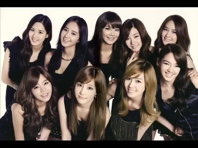GIRLS' GENERATION- The power of 9! 240