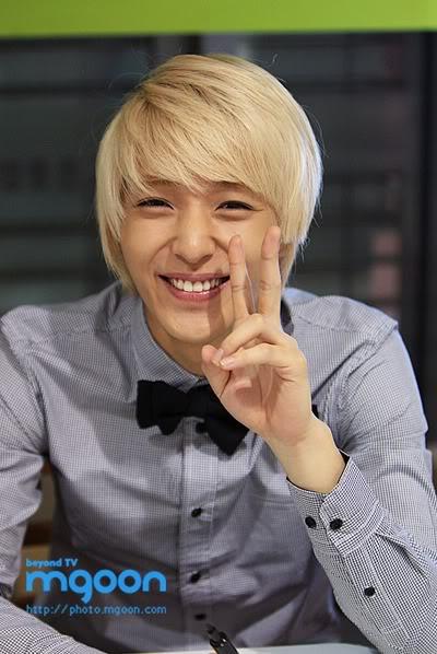 ¿Que piensas de la sonrisa de JongHun? Jonghun1jpg