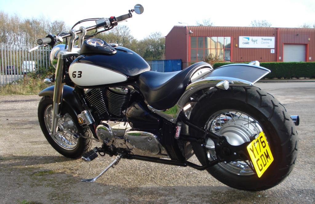Updated - 2001 Suzuki VL 800 - bobbed & finished for this year DSC08124_zpsaa17db45
