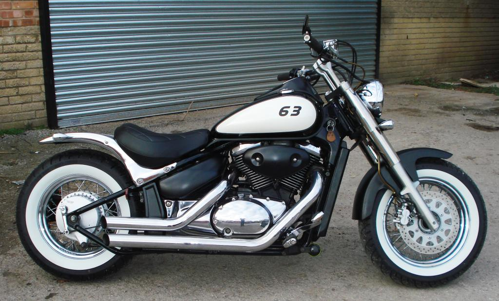 Updated - 2001 Suzuki VL 800 - bobbed & finished for this year DSC08615_zps4yteieb8