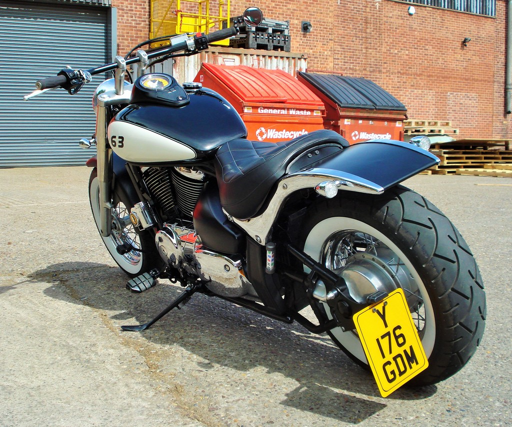 License Plate Side Mount for Suzuki M800 / M50 DSC09319_zpsbveipgxx