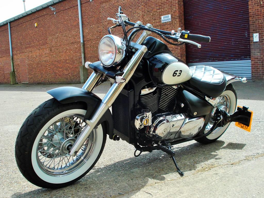 Updated - 2001 Suzuki VL 800 - bobbed & finished for this year DSC09321_zps8pbpxdwj