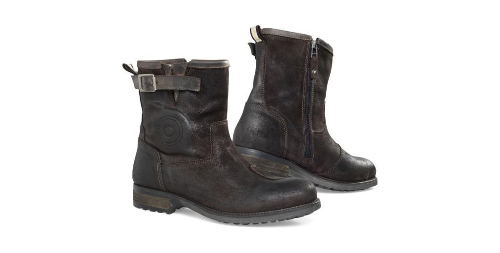 What gear do you guys wear? REVIT-Bleeker-Boots-1600x812_zpsrzg3rq6v