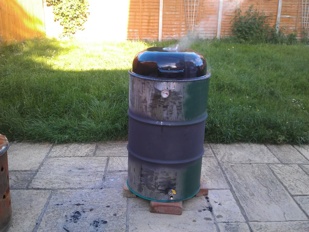 Made a smoker at home from an oil drum IMG_20120609_191433