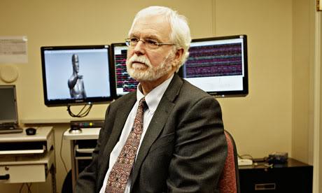 2011 : PUCES IMPLANTABLES, RFID, NANOTECHNOLOGIES, NEUROSCIENCES, N.B.I.C. ET CYBERNETIQUE ! - Page 2 John-Donoghue-007