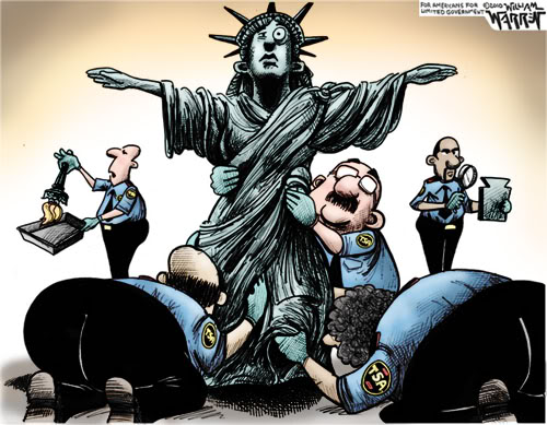 2011 : PISTAGE DES CITOYENS : SATELLITES, CAMERAS, SCANNERS, BASES DE DONNEES, IDENTITE & BIOMETRIE Liberty-TSA-Pat-Down
