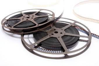 CORRUPTION DES MEDIAS ET DES MOEURS Movies2