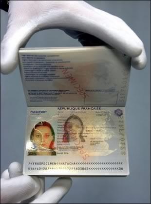 2011 : PISTAGE DES CITOYENS : SATELLITES, CAMERAS, SCANNERS, BASES DE DONNEES, IDENTITE & BIOMETRIE - Page 2 Passeportbiometrique2009