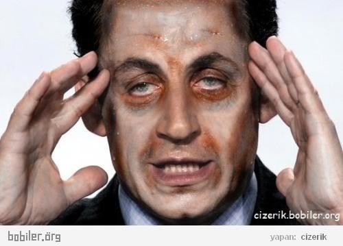 CORRUPTION DES MEDIAS ET DES MOEURS Sarkozombie
