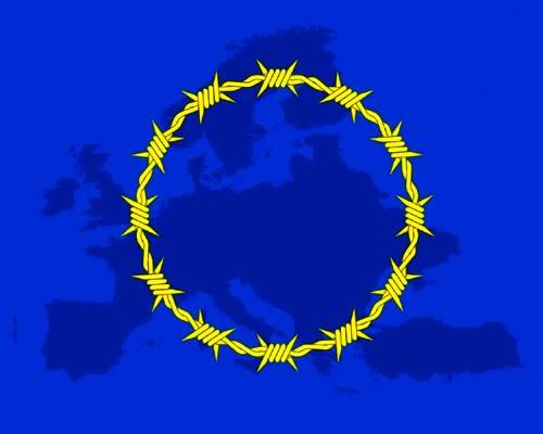 FASCISME, DICTATURE, ETAT-POLICIER, TERRORISME D'ETAT - Page 5 UE_TraitdeLisbonne_esclavage-1