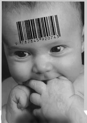 2010 : PUCES IMPLANTABLES, RFID, NANOTECHNOLOGIES, NEUROSCIENCES, N.B.I.C. ET CYBERNETIQUE - Page 4 Baby_code_barre