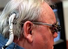 2010 : PUCES IMPLANTABLES, RFID, NANOTECHNOLOGIES, NEUROSCIENCES, N.B.I.C. ET CYBERNETIQUE Brain-implant-blind