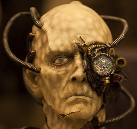 2011 : PUCES IMPLANTABLES, RFID, NANOTECHNOLOGIES, NEUROSCIENCES, N.B.I.C. ET CYBERNETIQUE ! - Page 2 Cyborg_camera