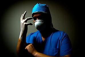 NOUVEL ORDRE MONDIAL : DE QUOI SE COMPOSE-T-IL, ET QUELS SONT SES BUTS ? - Page 15 Assassinchirurgicalgant