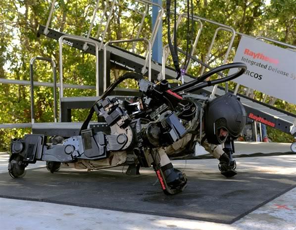 2012 : PUCES IMPLANTABLES, RFID, NANOTECHNOLOGIES, NEUROSCIENCES, N.B.I.C., TRANSHUMANISME  ET CYBERNETIQUE ! Exosquelette