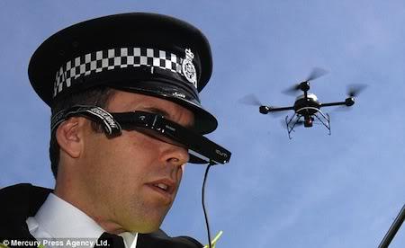 2012 : PUCES IMPLANTABLES, RFID, NANOTECHNOLOGIES, NEUROSCIENCES, N.B.I.C., TRANSHUMANISME  ET CYBERNETIQUE ! Flic-surveillance-drone