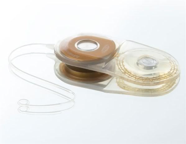 2012 : PUCES IMPLANTABLES, RFID, NANOTECHNOLOGIES, NEUROSCIENCES, N.B.I.C., TRANSHUMANISME  ET CYBERNETIQUE ! Implantcochlaire