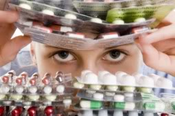 2012 : PUCES IMPLANTABLES, RFID, NANOTECHNOLOGIES, NEUROSCIENCES, N.B.I.C., TRANSHUMANISME  ET CYBERNETIQUE ! Mdocspuce