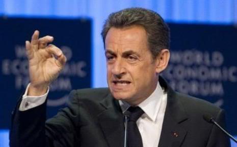LOIS TOTALITAIRES ET MESURES LIBERTICIDES Sarkozy_gueulepomperlamerde