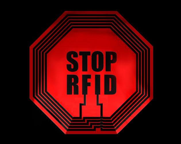 2012 : PUCES IMPLANTABLES, RFID, NANOTECHNOLOGIES, NEUROSCIENCES, N.B.I.C., TRANSHUMANISME  ET CYBERNETIQUE ! StopRFID