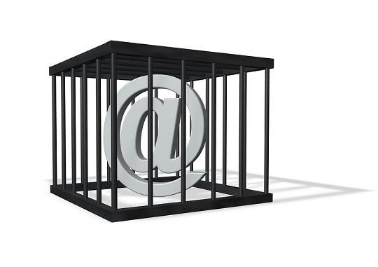 SUPPRESSION DES LIBERTES DU WEB - Page 2 Censorship-for-the-internet