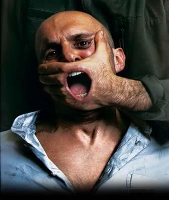 2012 : PISTAGE DES CITOYENS : SATELLITES, CAMERAS, SCANNERS, BASES DE DONNEES, IDENTITE & BIOMETRIE Liberte-dexpression