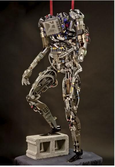 DRONES ET ROBOTS MILITAIRES Petman-bot