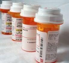 2011 : PUCES IMPLANTABLES, RFID, NANOTECHNOLOGIES, NEUROSCIENCES, N.B.I.C. ET CYBERNETIQUE ! - Page 2 Pill-bottles-4