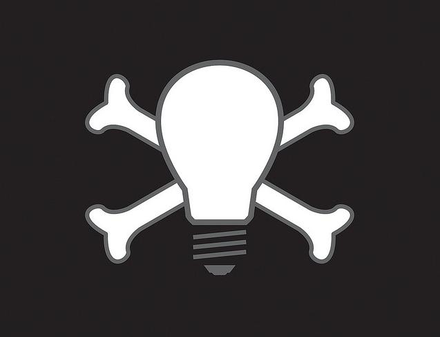 SUPPRESSION DES LIBERTES DU WEB Pirate_shutdown