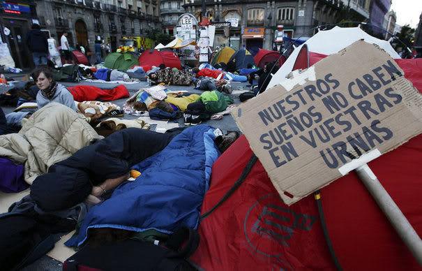 EFFONDREMENT ECONOMIQUE MONDIAL - Page 2 Puerta-del-sol
