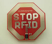 2011 : PUCES IMPLANTABLES, RFID, NANOTECHNOLOGIES, NEUROSCIENCES, N.B.I.C. ET CYBERNETIQUE ! - Page 4 Stop_rfid