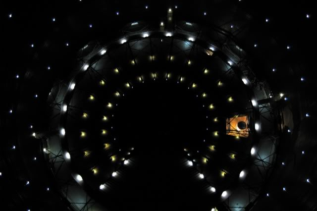 2011 : PISTAGE DES CITOYENS : SATELLITES, CAMERAS, SCANNERS, BASES DE DONNEES, IDENTITE & BIOMETRIE Surveillance-satellite-amesys
