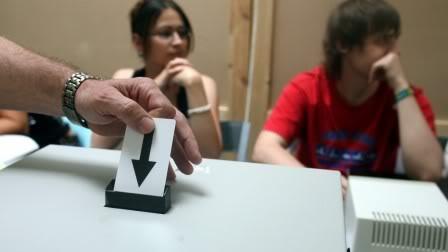 LOIS TOTALITAIRES ET MESURES LIBERTICIDES Vote_electronique_0_0