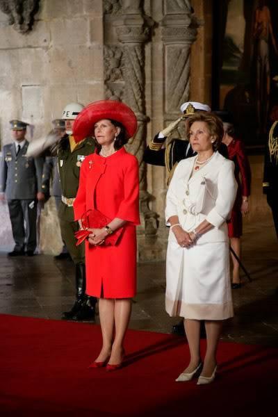 Carlos Gustavo XVI y Silvia - Página 2 0014_6