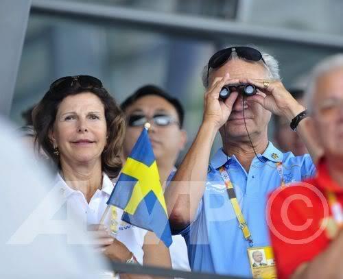 Carlos Gustavo XVI y Silvia - Página 2 20080816_01