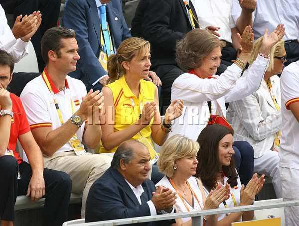Juan Carlos y Sofía - Página 3 20080817_08tenniscompetition