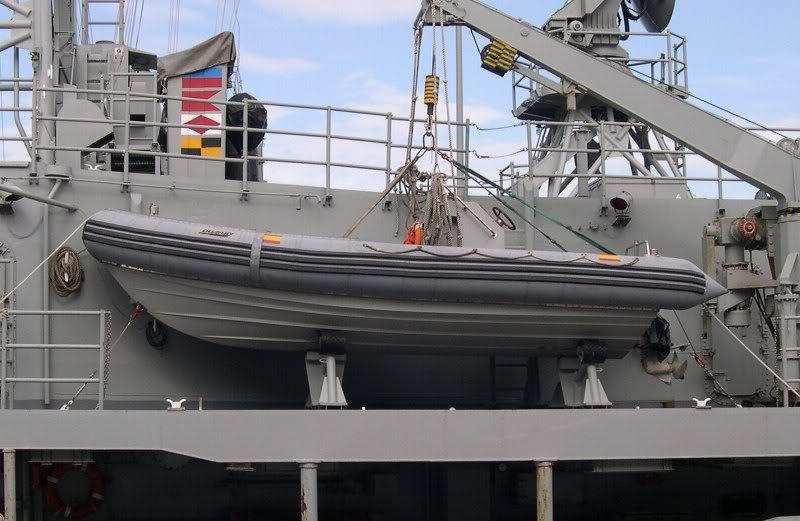Fragata Canarios - Armada Española - 1/350 F81SantaMara08-10-06007-b