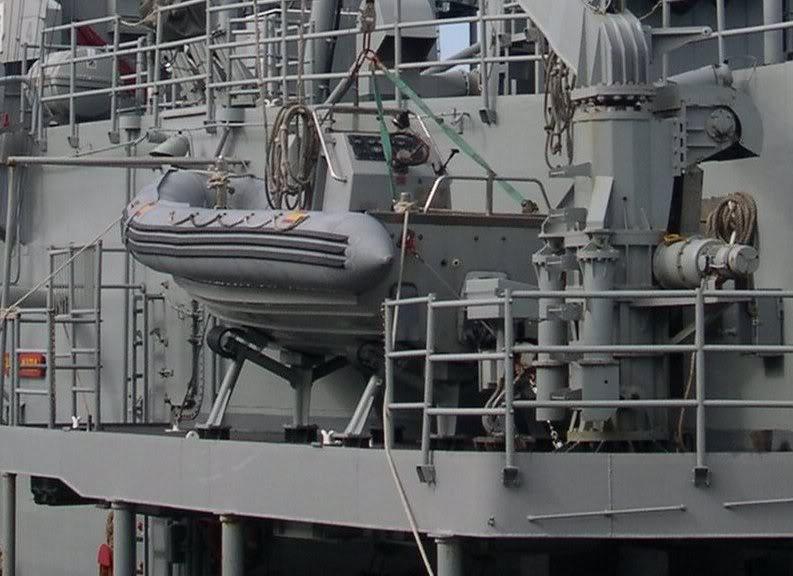 Fragata Canarios - Armada Española - 1/350 F81SantaMara08-10-06028-2-b